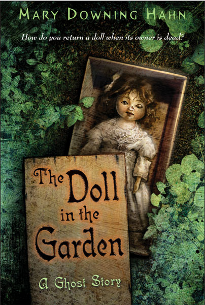 The Doll in the Garden-9780618873159
