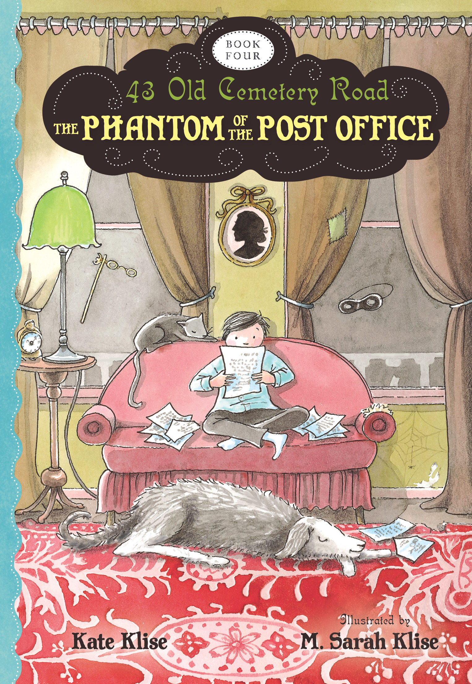 The Phantom of the Post Office-9780544022812