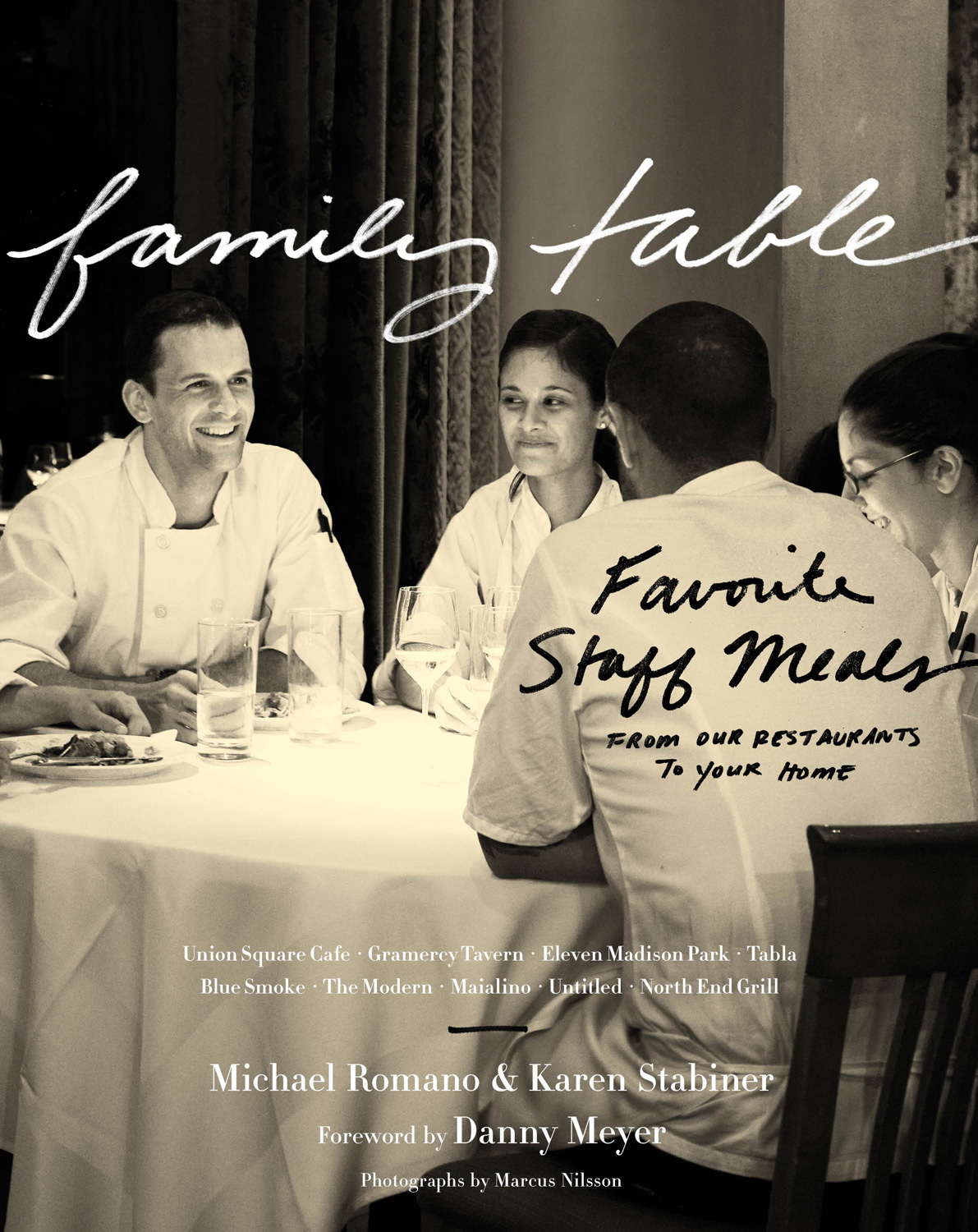 Family Table-9780547615622